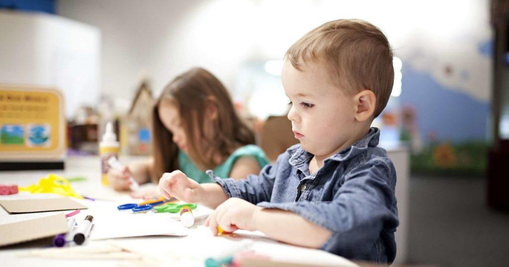 boy-making-crafts-at-a-table-NSHBJRT-min_opt